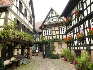 Hotel onderweg snelweg a5 frankfurt karlsruhe freiburg for Hotel youngstar designhotel mannheim