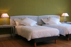 2 eenpersoons-bedden